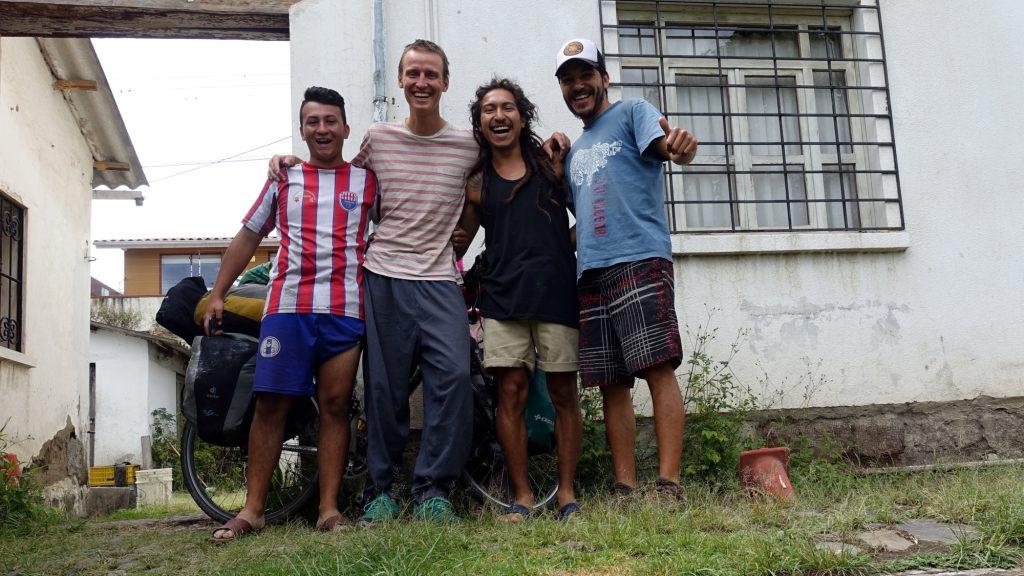 Drei Kolumbianer und ich.