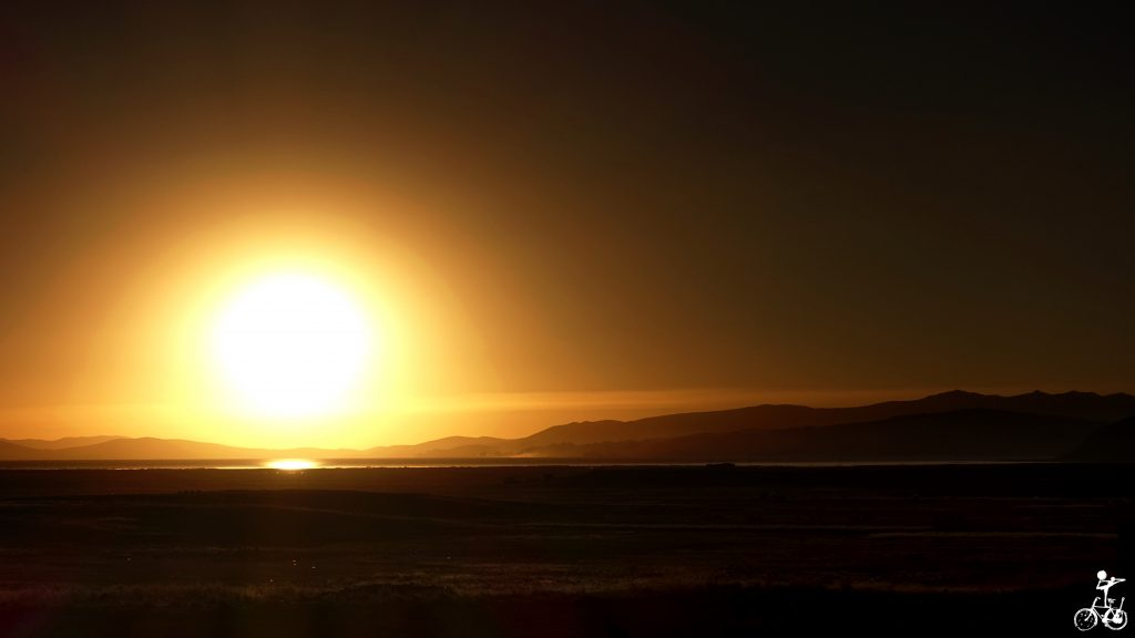 Sonnenuntergang am Lago Titticaca.